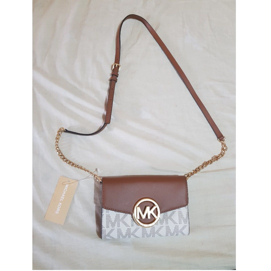 090315a33 100% Authentic Michael Kors Crossbody Bag with Price Tag and Care Card! on  Carousell
