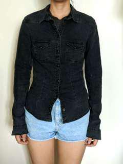 H&M black denim buttoned long sleeves
