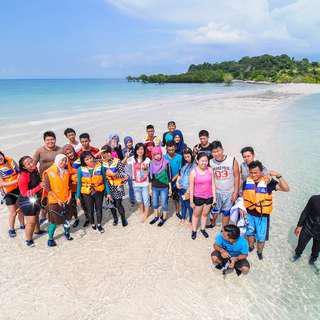 Island Holiday Fun