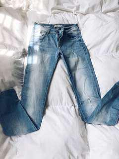 Bershka Distressed Jeans