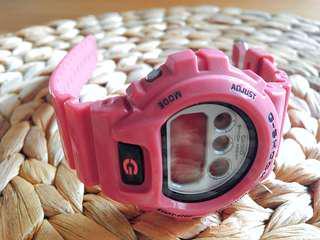 🚚 G-SHOCK 桃紅電子手錶