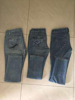 Women's denims (bundle of 3)