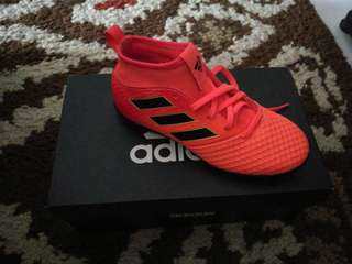 279fc3592 futsal turf | Vintage & Collectibles | Carousell Singapore