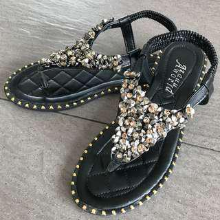 Black leather glittering sandals