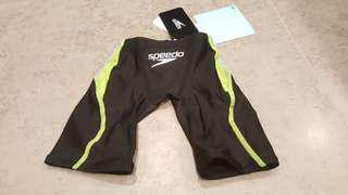BNWT SPEEDO FINA APPROVED BOYS COMPETITION JAMMERS