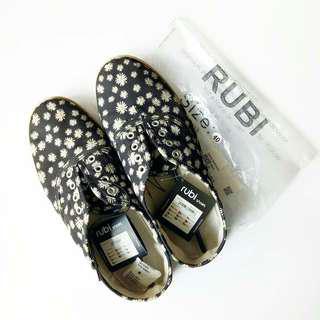 RUBI Daisy Shoes
