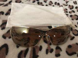 Authentic Oakley Behave Gold