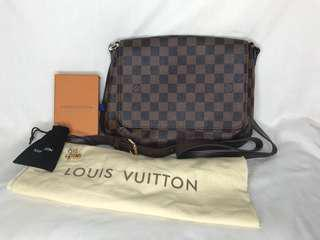 Bundle 7: Louis Vuitton
