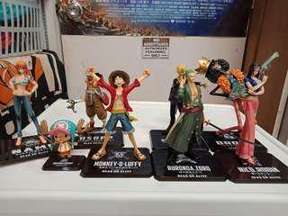 One Piece Figurines set of 8 bandai