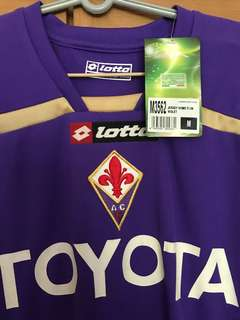 BRAND NEW WITH TAGS FIORENTINA HOME JERSEYS SIZE M