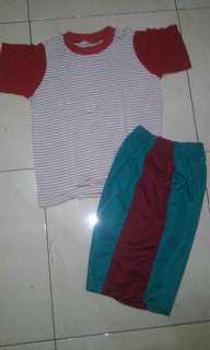 Set baju main