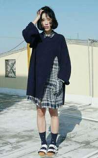 高叉深藍毛衣