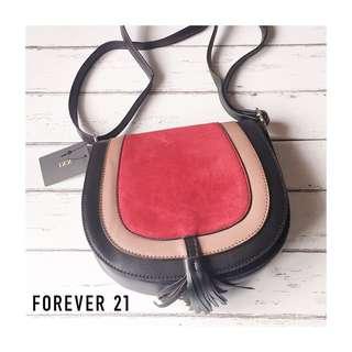FOREVER 21 TASSEL SLING BAG