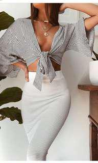 Stripped wrap tie up top