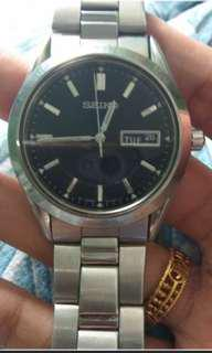 $25 ONLY SEIKO WATCH!!