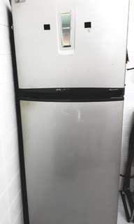 Refrigerator Toshiba Plasma