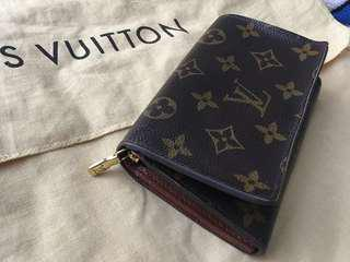 Authentic LV Wallet (price reduced!)