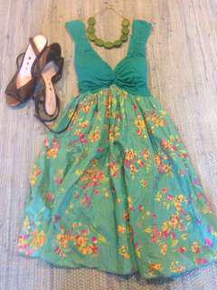 Gorgeous 21 summer dress, size small new condition,