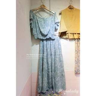 🚚 小花束平口縮腰上衣+長裙兩件式套裝
