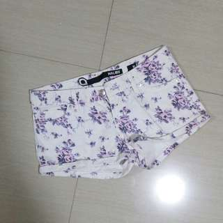 Short Pants Floral Malibu Aussie size M / 10 Celana Pendek Denim jeans Hotpants