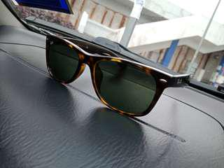 Werferer rayban made in italy for sale. Brown color.