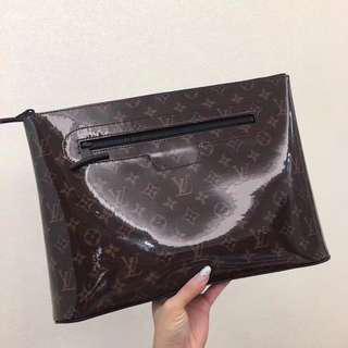 Louis Vuitton Porchette Cosmos