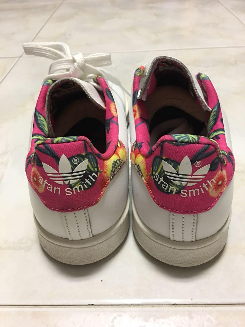 check out c832f 29ad7 Adidas Stan Smith Floral, Sports, Sports Apparel on Carousell