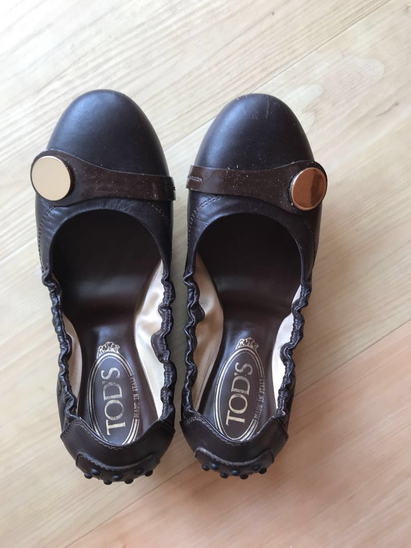 7e44bf0a169 Like new - Clearance! Authentic Tod s Leather ballet flats