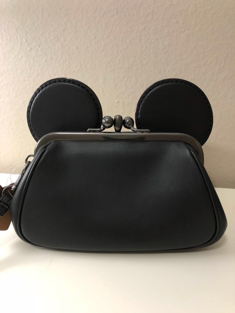 f4920ee0dab7 BN COACH X Disney Minnie Mouse Kisslock Wristlet With Minnie Mouse ...