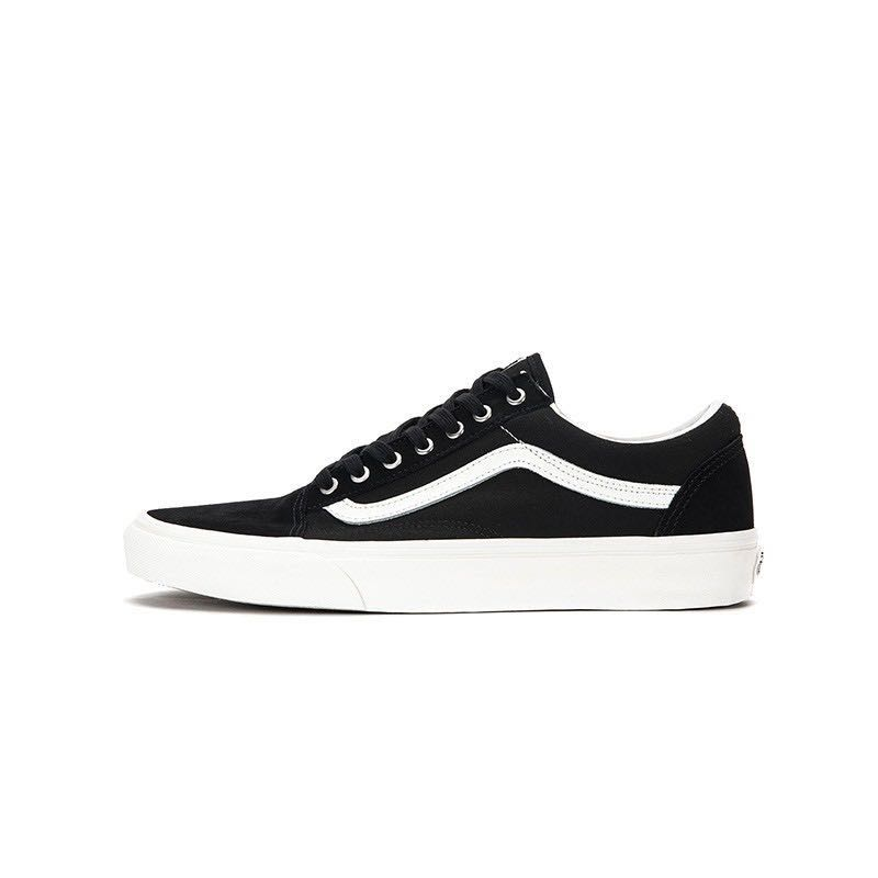da917ef156 Brand New  Vans Old Skool Snake Black
