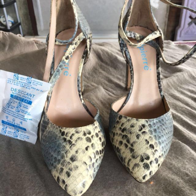 23dd9908c50 Calpierre SnakeSkin Sandals