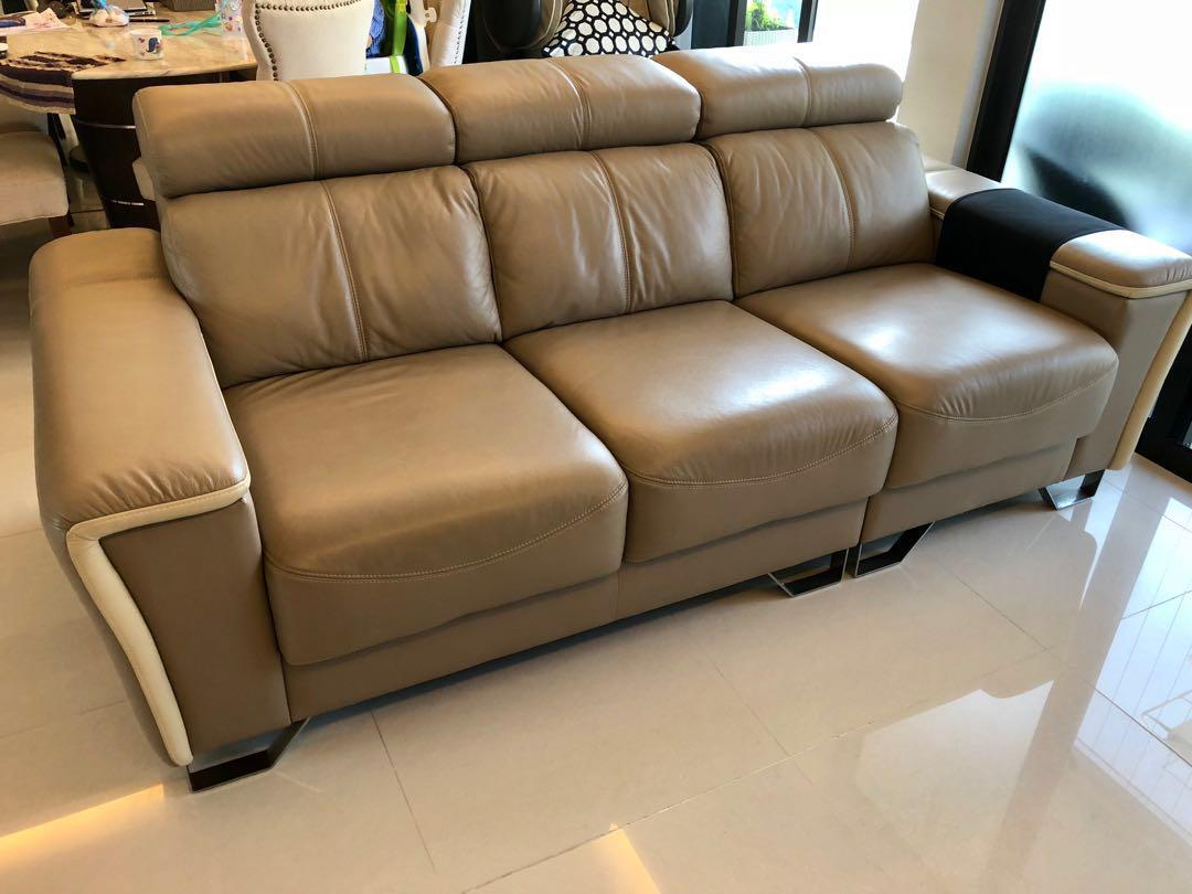 Extendable Leather Sofa 3 Seater Furniture Sofas On Carousell