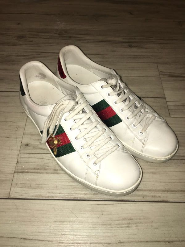 e74caa85383 Gucci Ace Sneakers Bee Embroidary