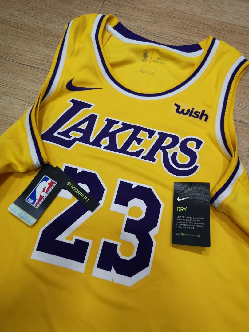 best cheap 612f8 fb6b1 Lakers jersey Lebron James authentic wish, Men's Fashion ...