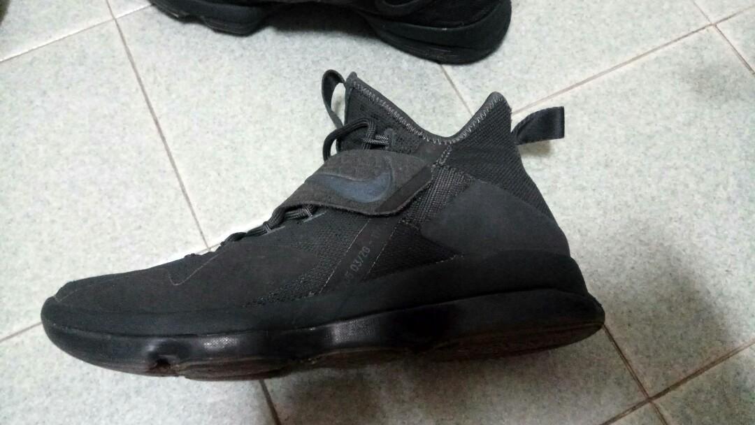 low priced 7bdfa 0fd88 Nike Lebron XIV (14) triple black - Zero Dark Thirty, Men's ...