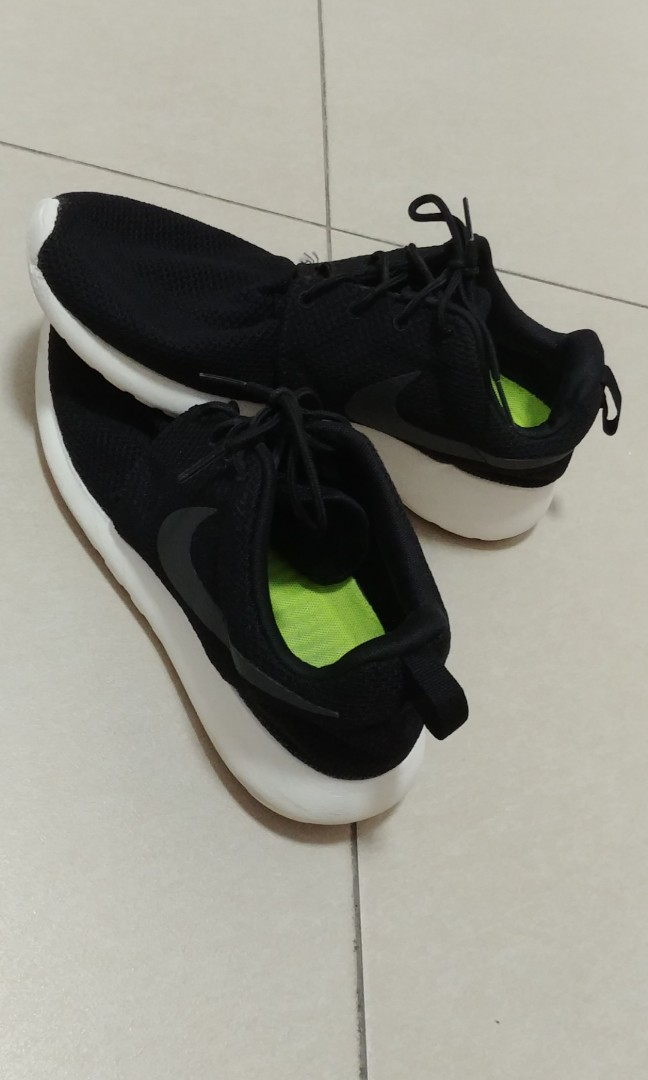 outlet store 31dcc 06354 Nike Roshe 1's Black Sneakers