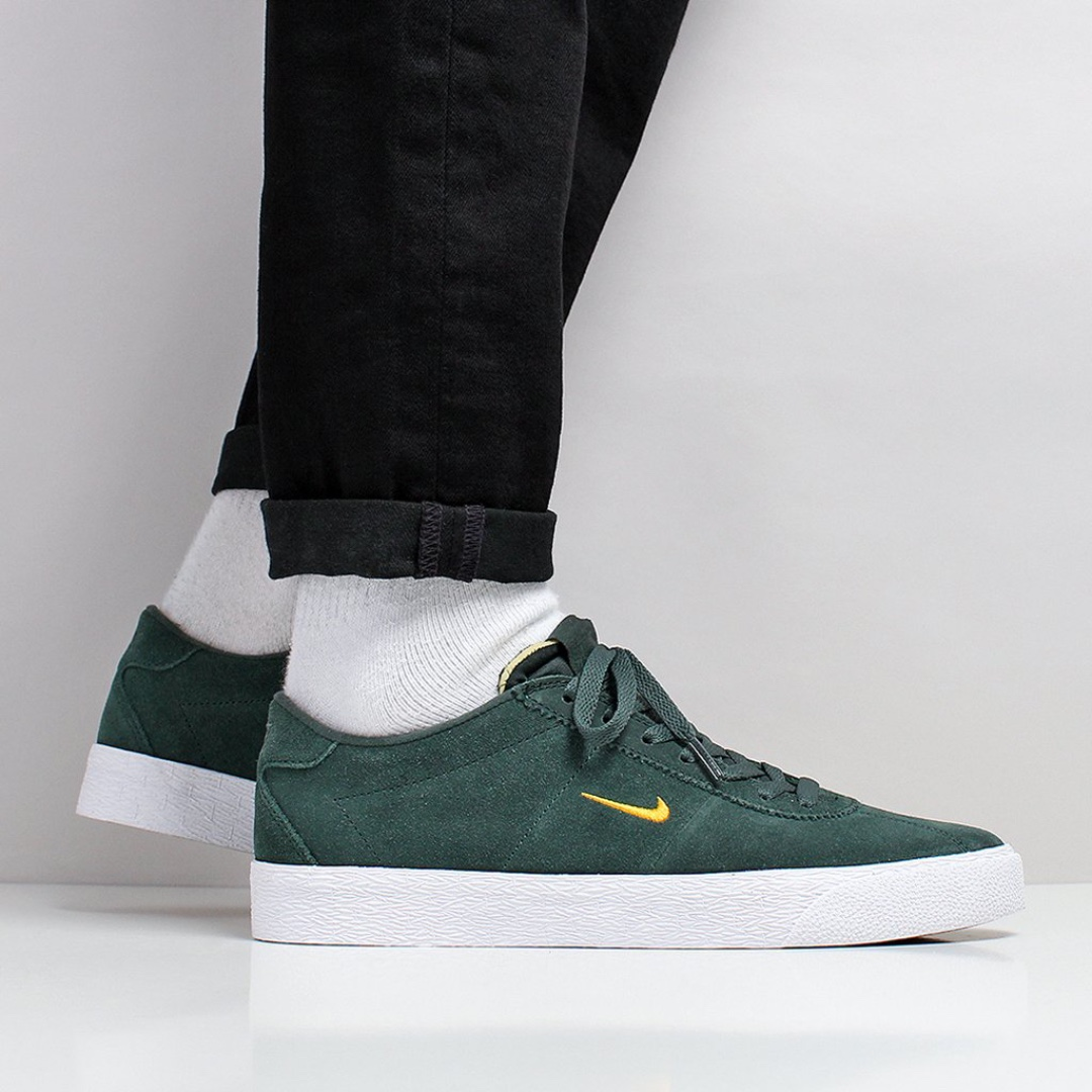 best sneakers 0ee7b 64ad1 Nike SB Zoom Bruin Shoes – Midnight Green Yellow Ochre White, Men s  Fashion, Footwear, Sneakers on Carousell