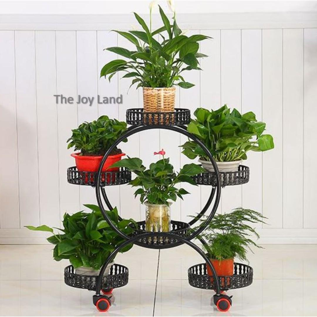 Rounded Metal Plant Rack With Wheels