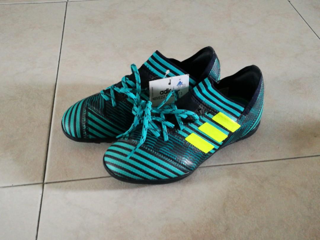 d23035f37 UK 13k boy's adidas nemeziz tango 17.3 Futsal children football ...