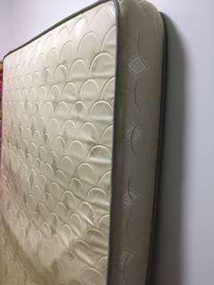 V-hive Queen Size Mattress