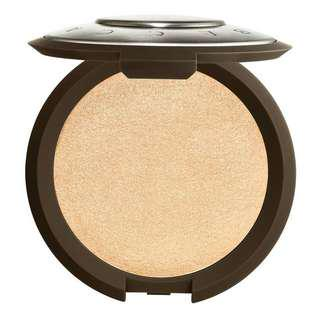 BECCA SHIMMERING SKIN PERFECTOR PRESSED HIGHLIGHTER (MOONSTONE)