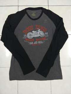 t-shirt lengan panjang,,made in usa pit 19 labuh 26.