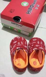 Sepatu baby hippofant