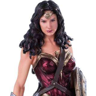 Wonder Woman statue BVS movie by Iron Studios