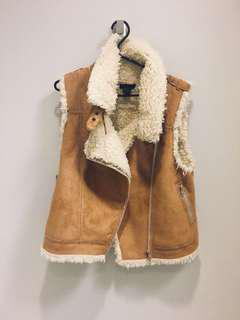 Vegan suede and sherpa vest