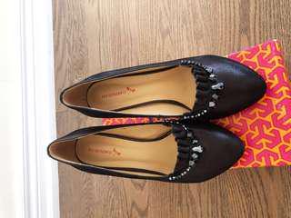 80% new, black color, 2.75-inch, US size 6, EU size 38
