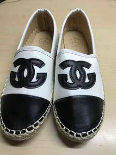 Pre order/flat shoes