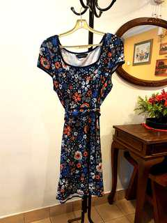 Dorothy Perkins Dress with Tie Ribbon