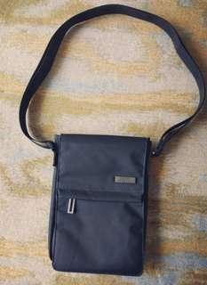 Original LEXON Premium Sling Bag