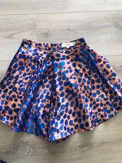 Cameo Shorts - Small